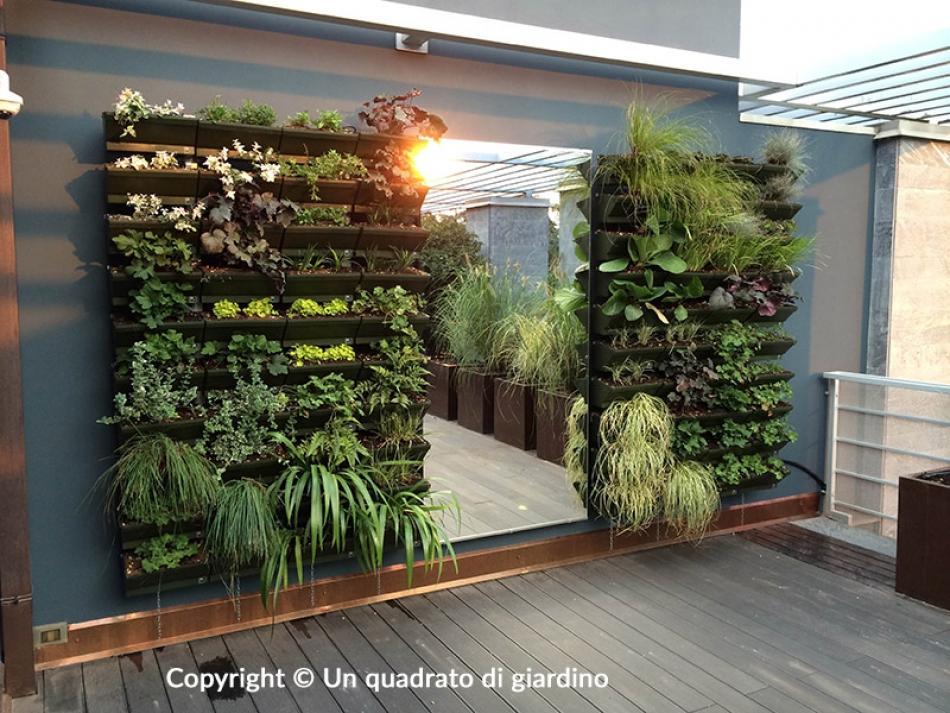 Realizziamo giardini e orti verticali per esterni e interni