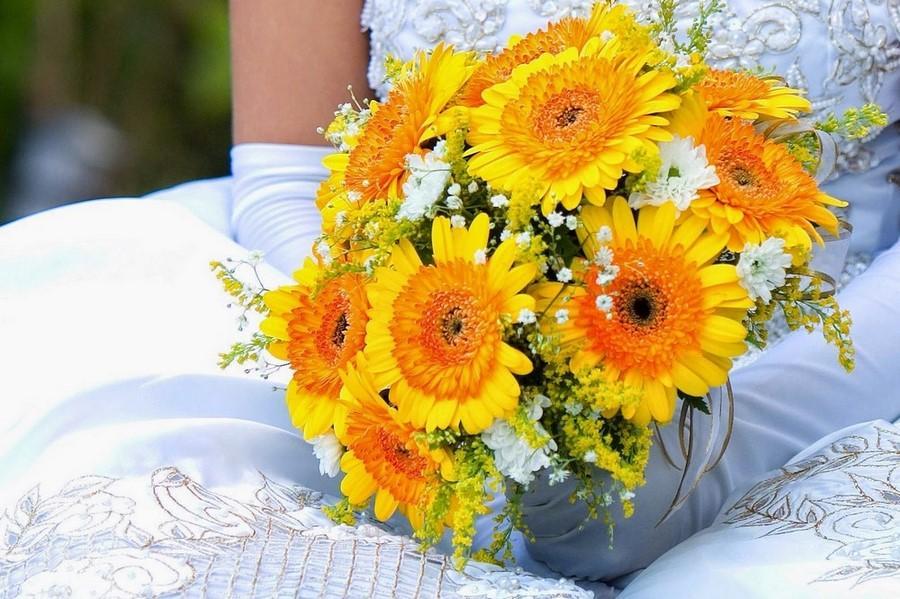 bouquet_sposa_giallo_gerbere