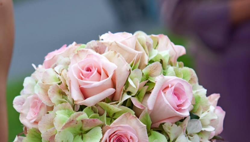 bouquet_sposa_ortensie_rose_rosa