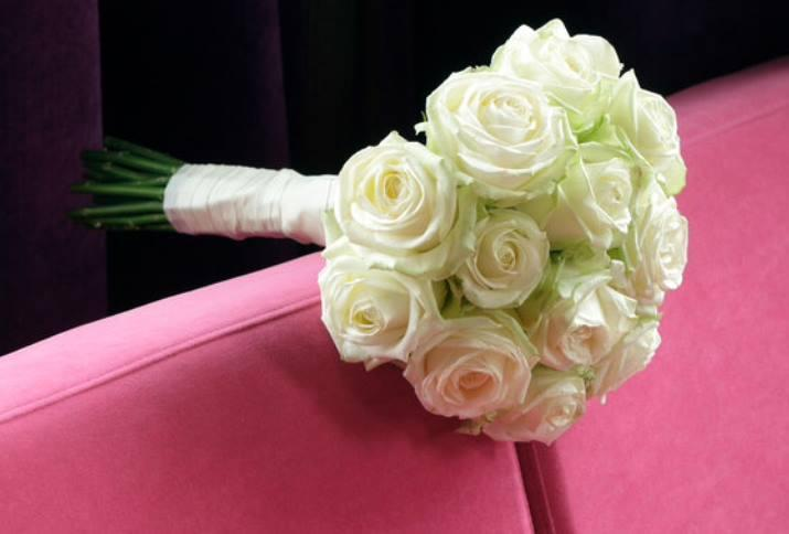 bouquet_sposa_rose_bianche_2