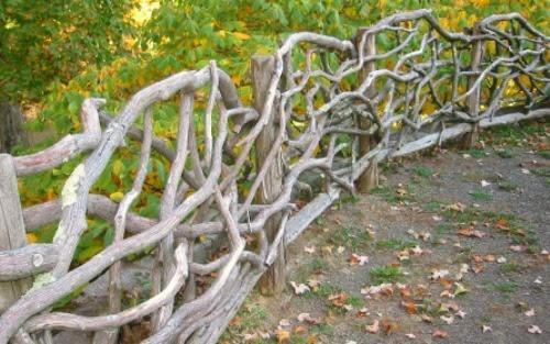idee_bordure_e_recinzioni_fai_da_te_per_giardini_00004