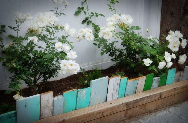 idee_bordure_e_recinzioni_fai_da_te_per_giardini_00015